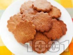 Меденки / сладки с канела, мед и слънчогледов тахан (със сода) за десерт - снимка на рецептата